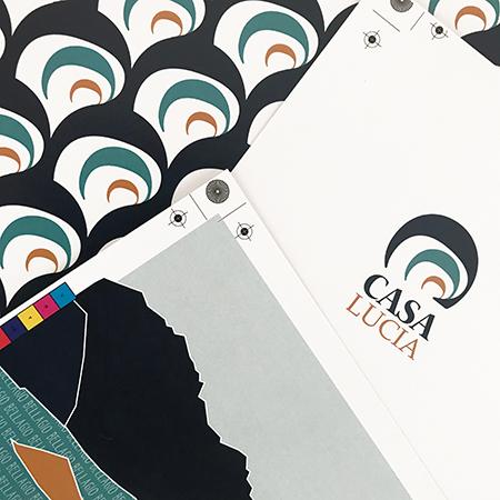 Marta Bucella - Corporate Identity, Pattern Design e illustrazioni per CasaLucia Como Stampe CMYK
